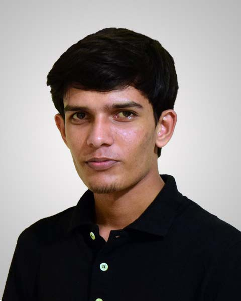 Mubarak Hossain // Web Developer
